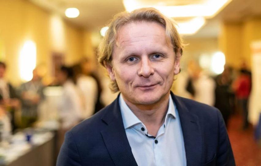 Dr. Ivan Đikić: Povratka u normalan život vjerojatno nema do kraja godine