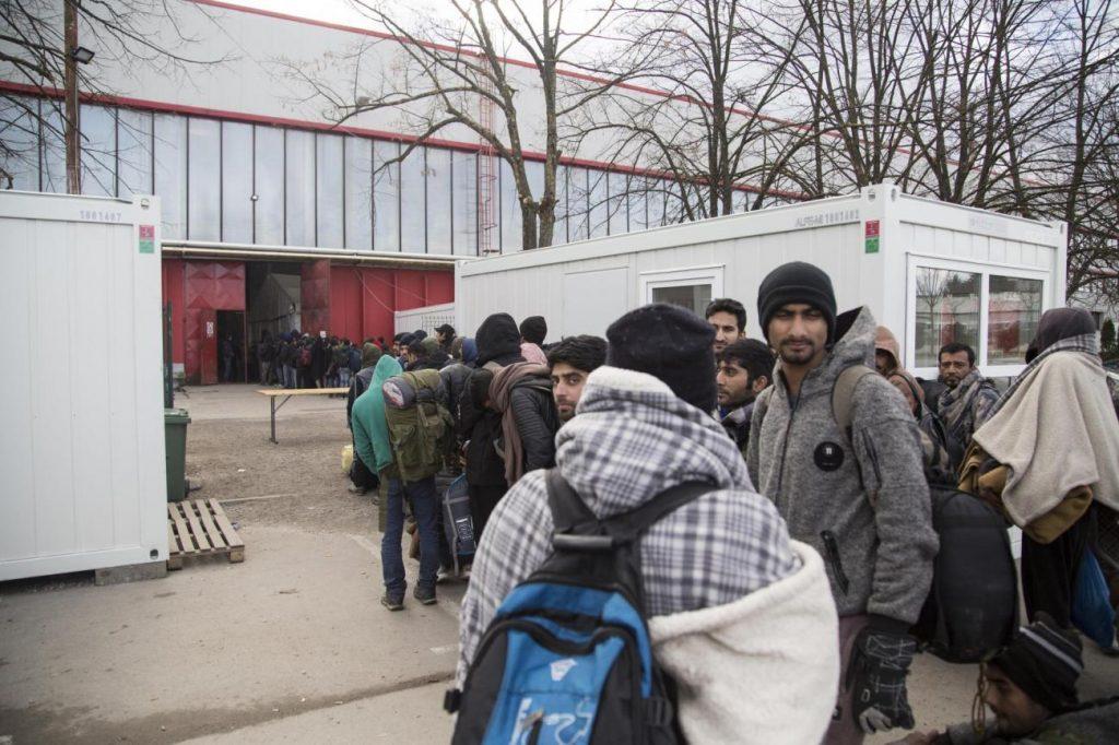 Što će biti s migrantima u BiH dok se državni vrh svađa
