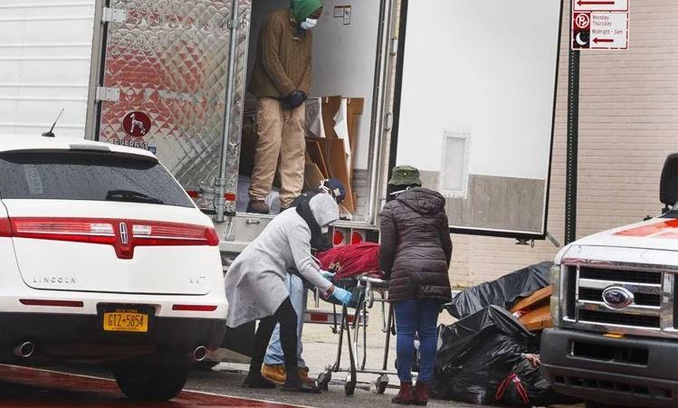 Ružne scene: U New Yorku mrtve ostavili na cesti, razlog je bizaran