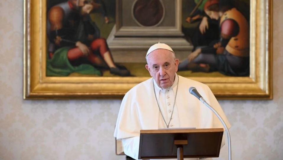 Papa Franjo: Korona bi trebala potaknuti ekološku svijest