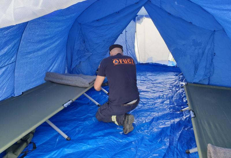U posljednja 24 sata u šatore na granici BiH upućene 34 osobe