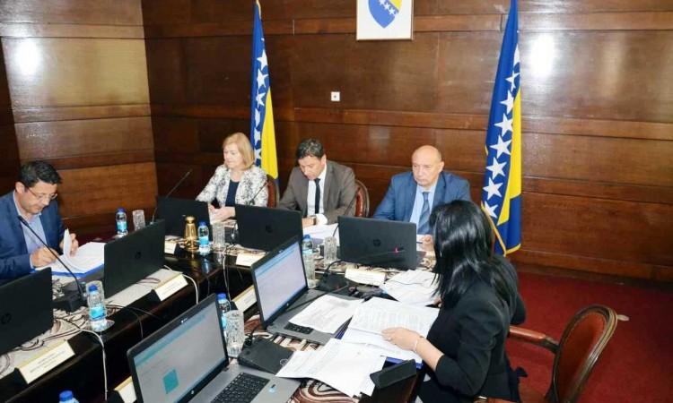 Vlada FBiH – Sredstva zračnim lukama Mostar, Tuzla, Sarajevo i Bihać