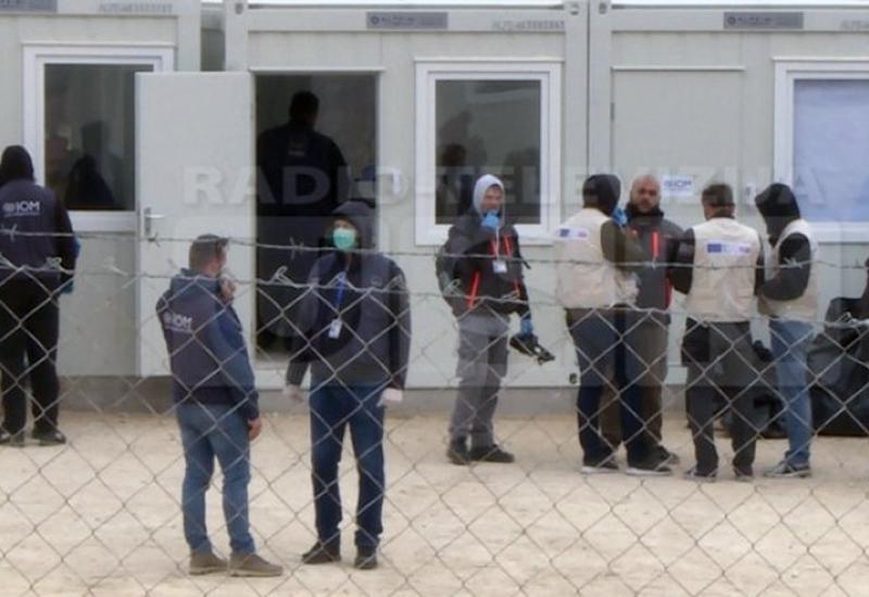 Pobuna u Bihaću: Migranti napali policiju, došlo do pucnjave