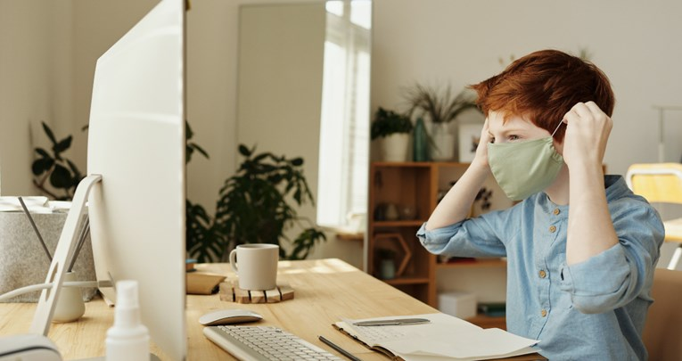 Nošenje maske maloj djeci nije preporučivo i može biti opasno