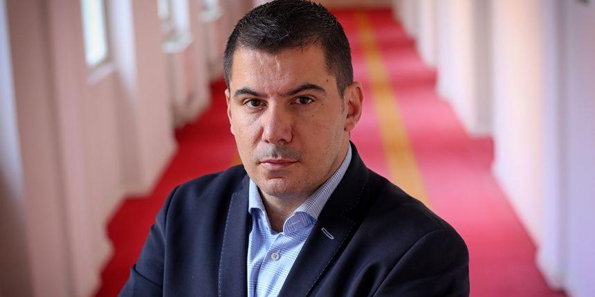 Grmoja: Želimo da sabor o kaznama odlučuje dvotrećinskom većinom