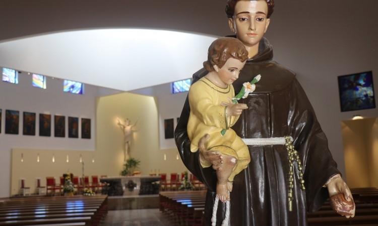 Katolici diljem BiH uskoro slave omiljenog sveca – svetog Antu Padovanskog