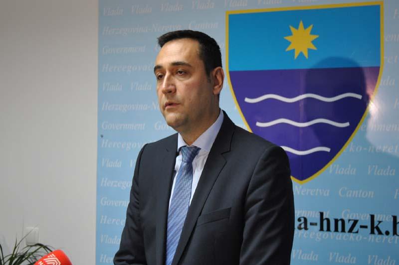 Oštra poruka HRS-a: Hadžoviću radite svoj posao!