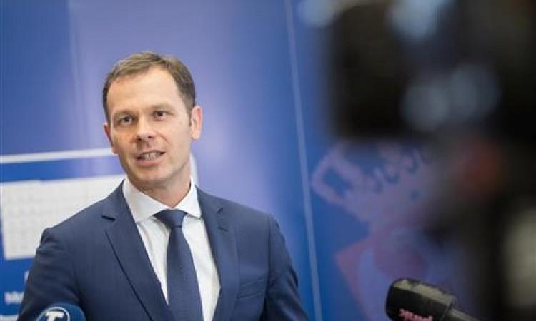 Četiri milijuna građana Srbije prijavilo se za pomoć od 100 eura