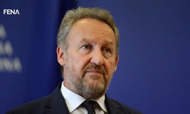 Izetbegović čestitao Plenkoviću na izbornoj pobjedi. Evo što stoji u poruci