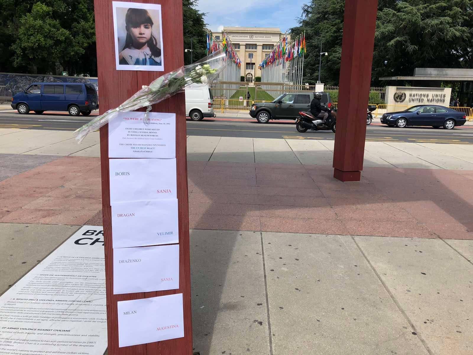 Ispred zgrade UN-a postavljena imena ubijene viteške djece