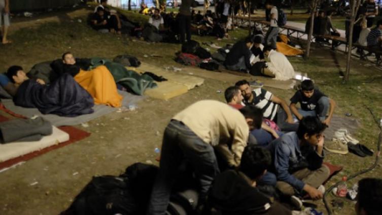 Za 20 KM, migranti iz kampa si nabave prostitutke. Posao – cvjeta