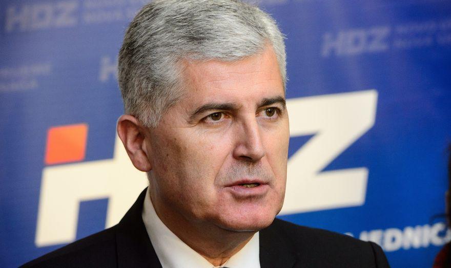 Bošnjački politički predstavnici svjesno obmanjuju javnost i peru ruke pred vlastitim narodom