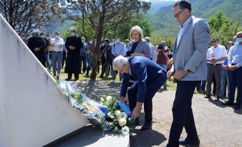 Na Uborku kod Mostara obilježena obljetnica prvog masovnog zločina s početka rata