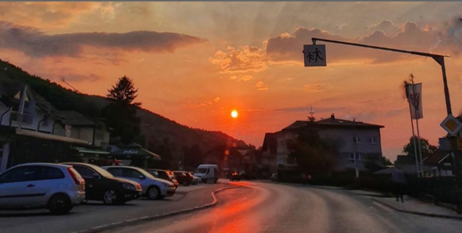 Pogledajte prekrasan zalazak sunca u Busovači
