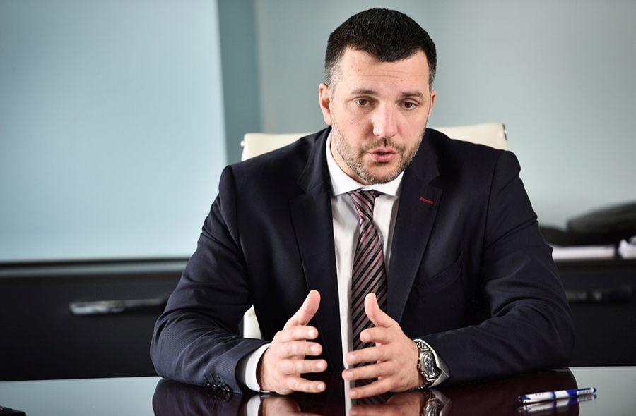 Širi se istraga: Aleksandar Zolak novi je osumnjičenik u aferi Respiratori