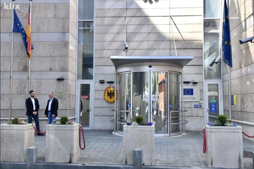 Počeo sastanak: Čović i Izetbegović s međunarodnom zajednicom pokušavaju dogovoriti rješenje za Mostar