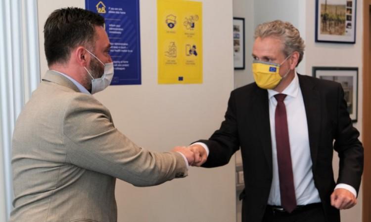 Košarac i Sattler o saniranju posljedica pandemije na privredu i turizam u BiH
