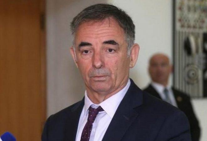 """Pupovac objavio poruke koje mu je """"slao"""" Milanović"""