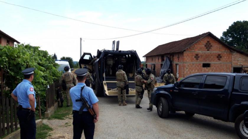 Uhićen muškarac koji je bacio bombu na susjeda