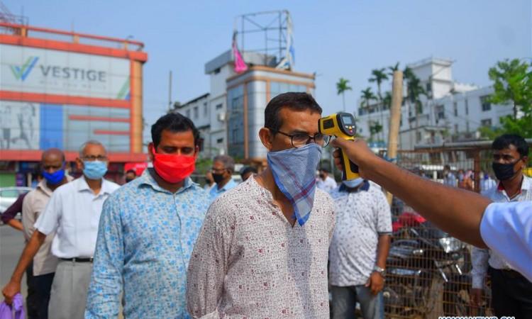 U Indiji broj zaraženih koronavirusom prelazi 1,2 milijuna