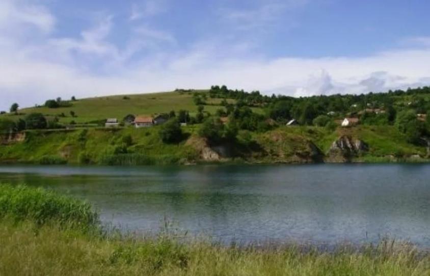 Tragedija kod Bugojna: Pronađeno tijelo mladića koji se utopio u jezeru