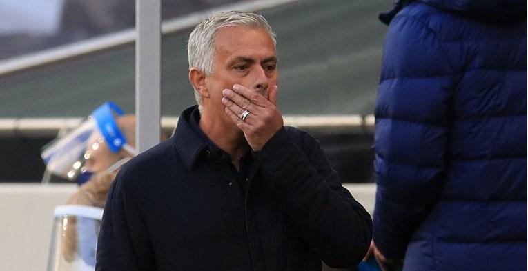 Mourinho: Bolje da šutim jer će me kazniti