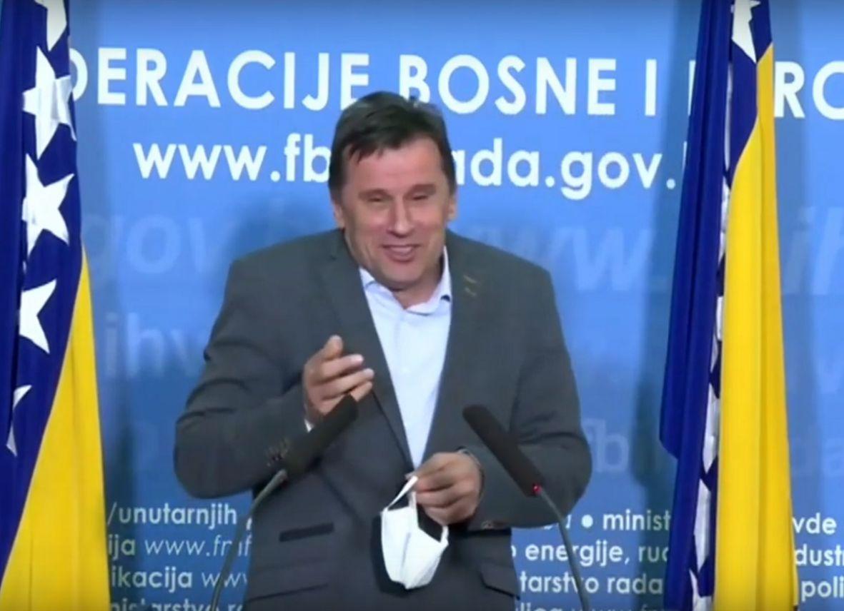 Fadil Novalić čestitao Dan neovisnosti SAD-a