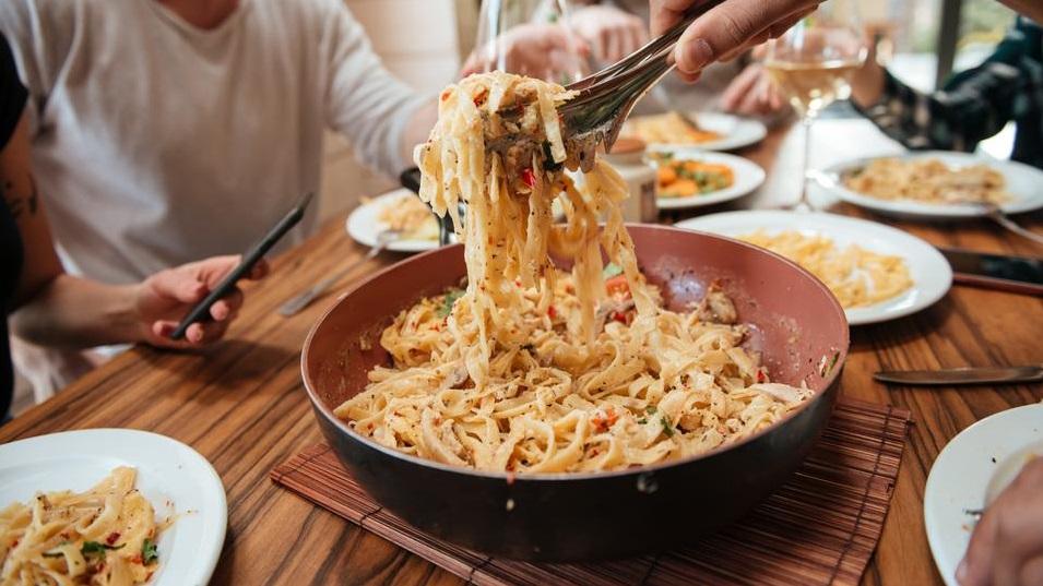 Ručak gotov u 10 minuta: Isprobajte umak za tjesteninu koji se ne kuha