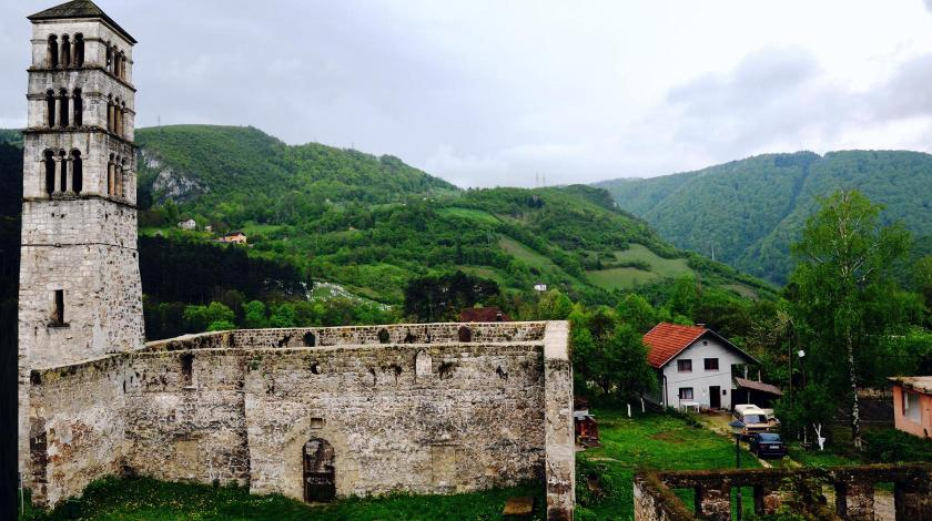 Krivotvorenje povijesti: Deseci crkava i samostana u BiH doživjeli sudbinu Aja Sofije