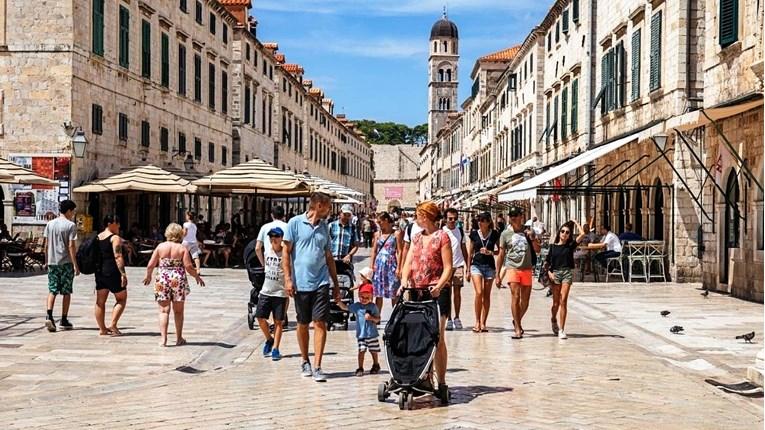 U Hrvatskoj je trenutno 800.000 turista, šef HTZ-a: Možemo biti zadovoljni sezonom
