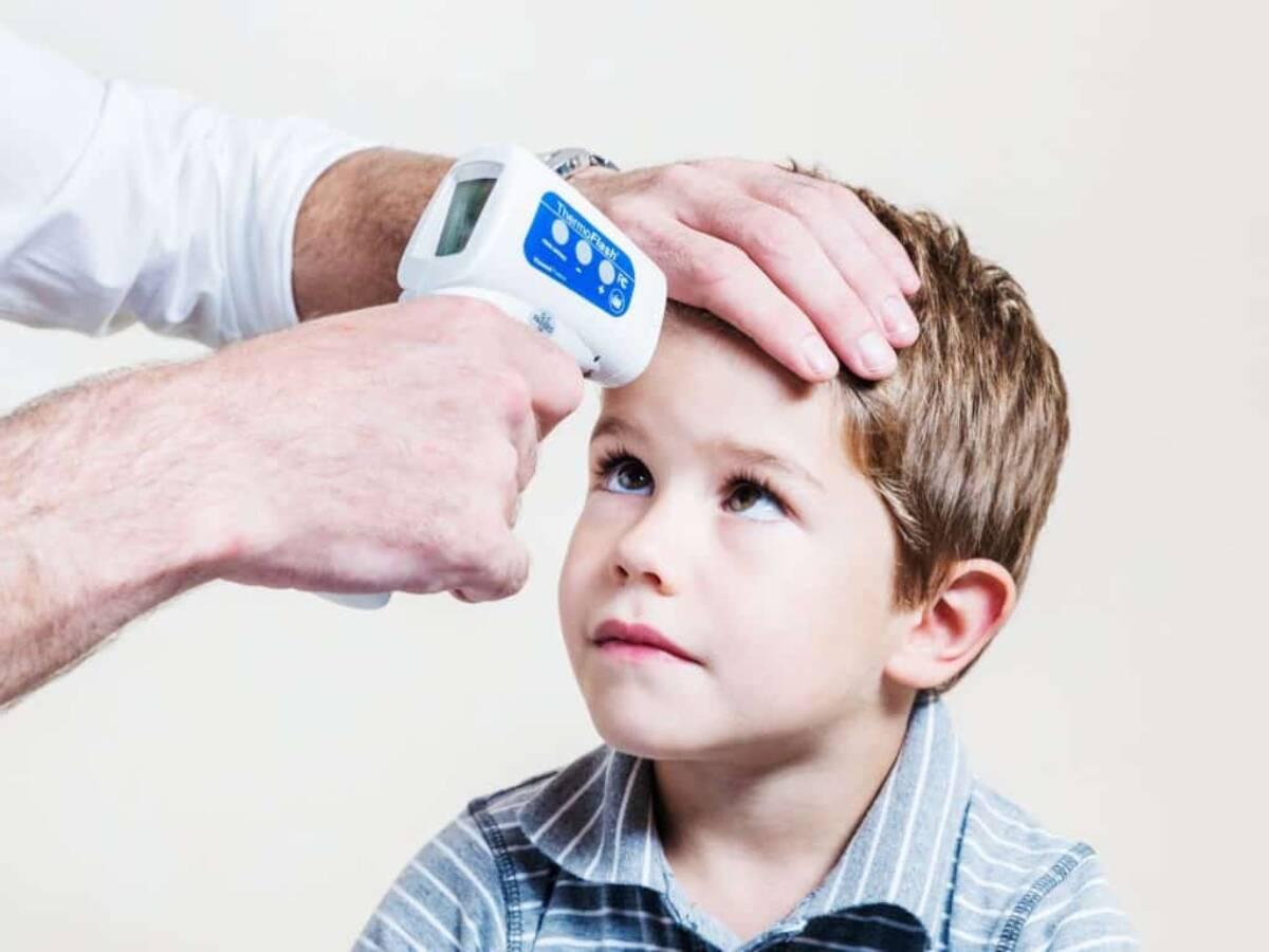 Evo kako prepoznati simptome korone kod djece