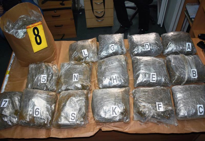 Dilali skoro 800 kg marihuane u Hrvatsku, jedan od krijumičara starac