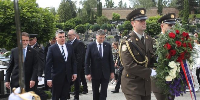 """Milanović poručio hrvatskim vojnicima: """"Poštujemo NATO, ali vaše živote nećemo izlagati bez osobite potrebe"""""""