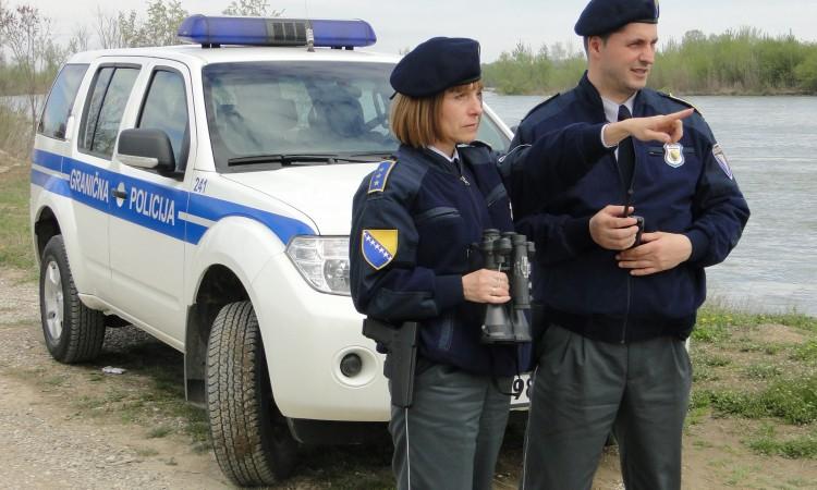 Krijumčarili sedam krava preko granice, policija ih uhitila