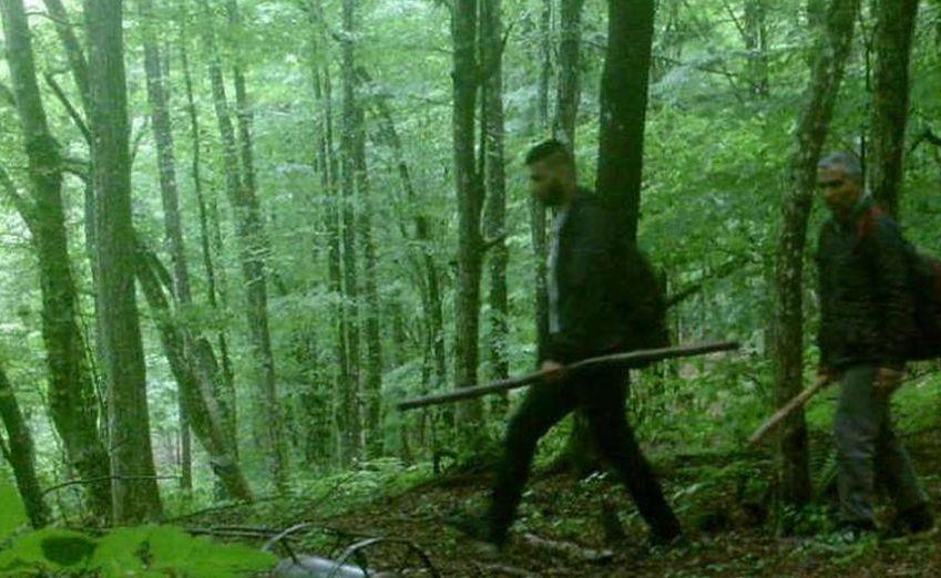 Na granici Hrvatske i BiH migranti oteli starca da ih vodi kroz šumu