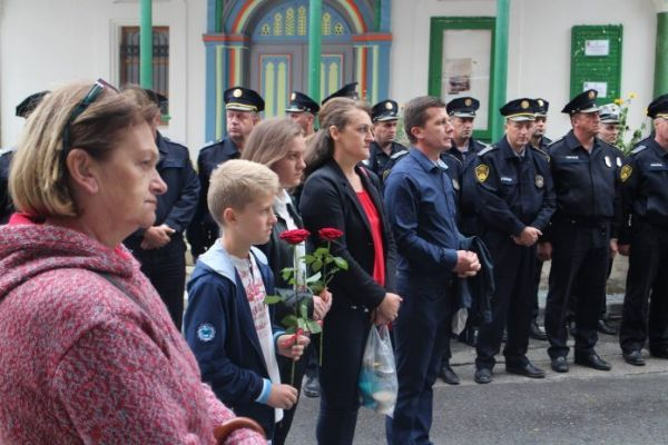 Obilježena  godišnjica nerasvijetljenog zločina i ubojstva policajca Ante Valjana