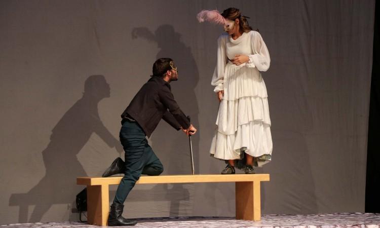 Predstavom 'Fistik ili san o suncu' počeo festival komedije 'Mostarska liska'