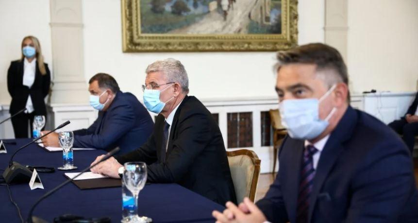 Raspad Bosne i Hercegovine: Tko gubi, a tko profitira?