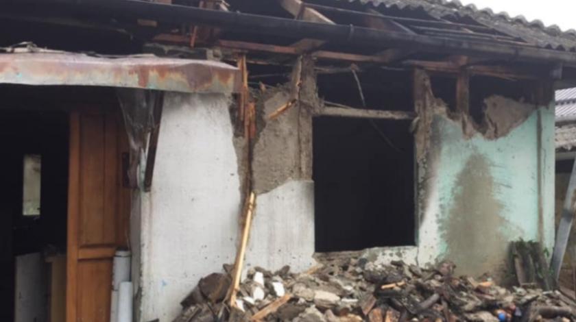 Strava u Jajcu: U požaru izgorjela djevojčica (11)