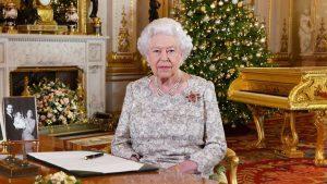 Zaposlenici engleske kraljice prosvjeduju zbog njene nove odluke