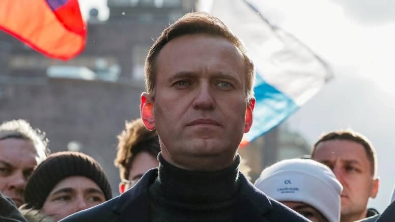 Navaljni osuđen na 2.5 godine zatvora