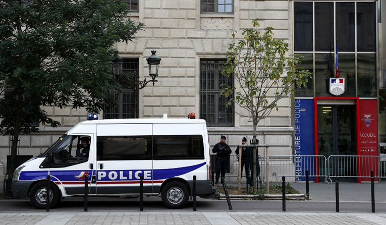 Policija napad u Parizu tretira kao teroristički čin
