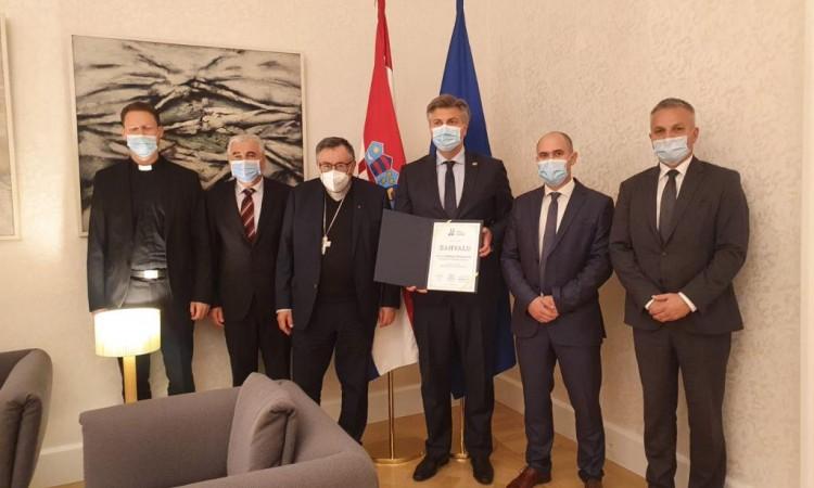 Puljić i Plenković razgovarali o radu Zaklade Vrhbosanske nadbiskupije