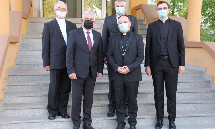 Premijer Herceg i biskup Palić naglasili važnost buduće suradnje