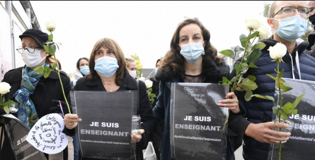 Zvjerski islamistički napad izveo Francuze na ulice
