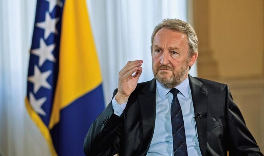 Izetbegović nastavlja s rušenjem BiH: Sada bi trgovao ustavnim pravima Hrvata