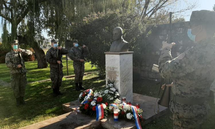Božan Šimović poginuo je prije 28 godina. Bio je legenda HVO-a