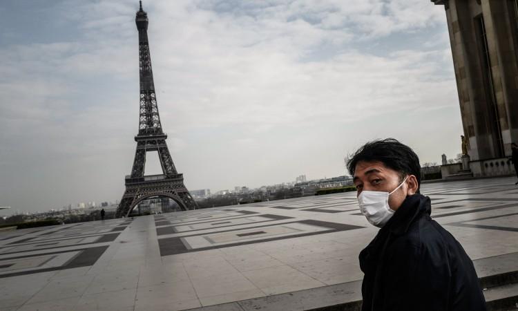 Francuska se priprema za cijepljenje, maske i nakon toga obavezne
