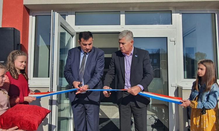 Glazbena škola Livno dobila novu zgradu, na otvaranju i Čović