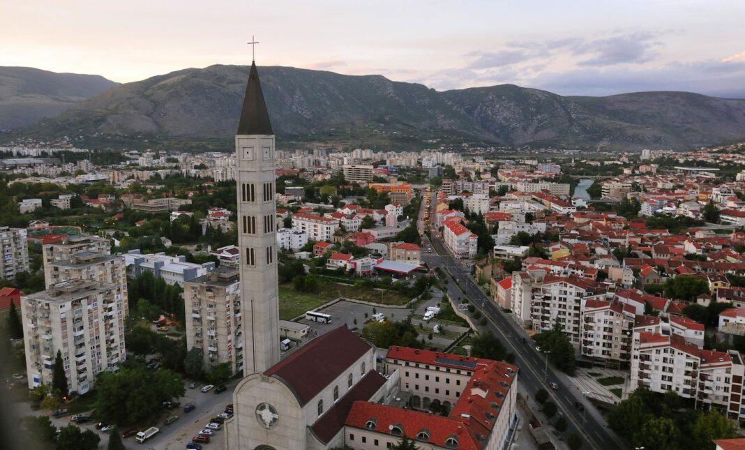HDZ BiH će imati između 13 i 15 vijećnika u GV Mostara, HRS 3, o gradonačelniku odlučuje 18 ruka
